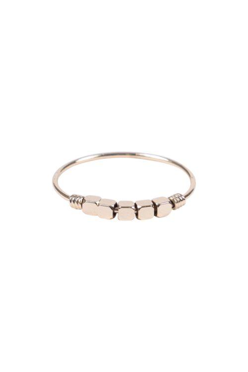 Zusss ring met metalen kraaltjes goud - wonen & lifestyle