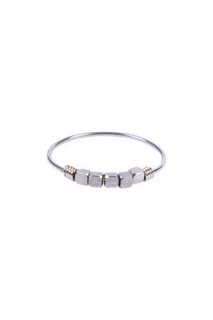 Zusss ring met metalen kraaltjes zilver - wonen & lifestyle