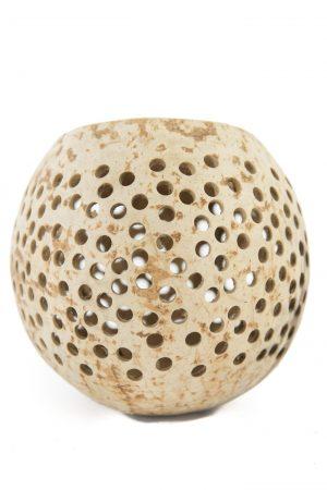 cocosnoot kaarsenhouder met gaatjes