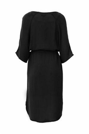 Zusss nonchalante jurk met ceintuur zwart no28wonen en lifestyle