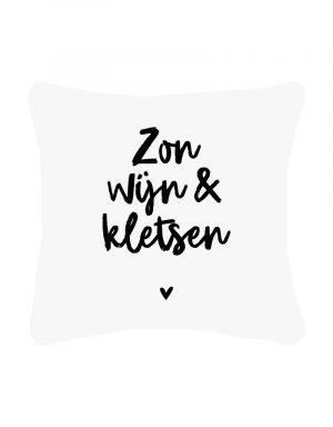 zoedt wit buitenkussen met tekst in zwart zon wijn no28wonen en lifestyle webshop