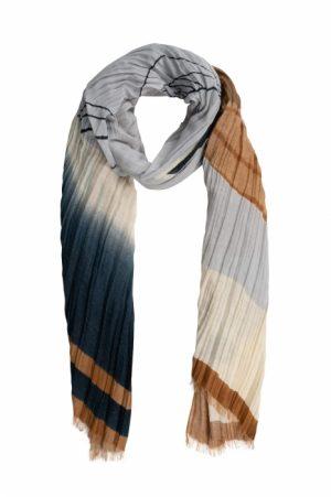 sjaal van zusss bladeren -wonen en lifestyle webshop no28wonen