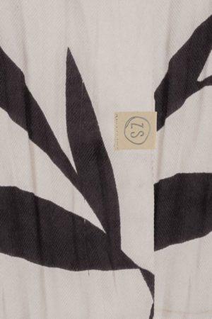 no28wonen.nl -Zusss fijne sjaal met bladprint- no28wonen en lifestyle