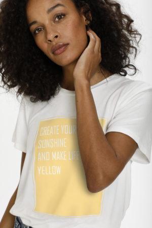 Shirt van KAffe -wonen en lifestyle webshop no28wonen.nl