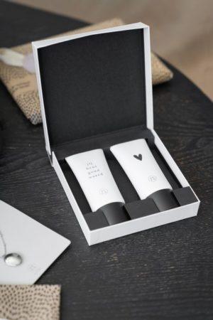 Zusss - giftbox met douchegel en lotion - wonen en lifestyle webshop no28wonen
