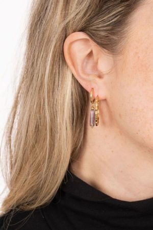 Zusss - oorbellen met amethist hangertje goud - wonen en lifestyle webshop no28wonen