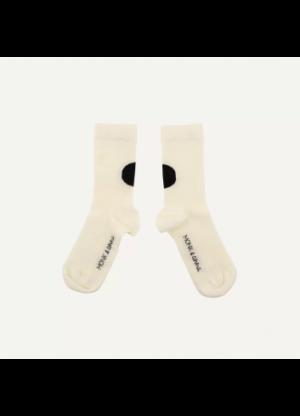 sokken melk en zwart grafisch van Monk en Anna -wonen en lifestyle webshop